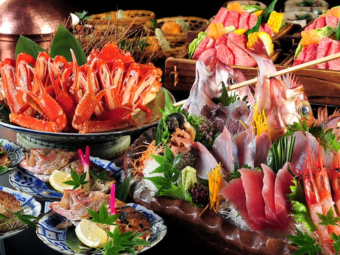 我が家のような寛ぎをコンセプトにした店内。地酒と旬魚を目当に県外ファンも多数!