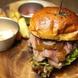 ジューシーで食べ応えのある『ハンバーガー』