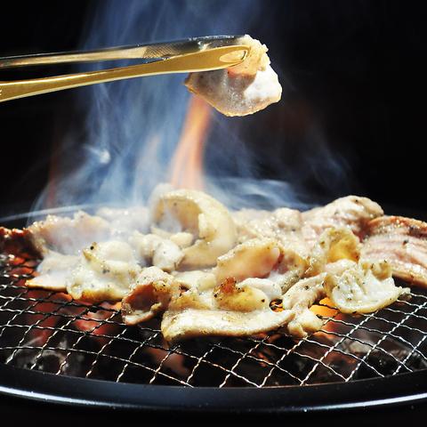 宮城県産の新鮮な豚ホルモンを使用!単品飲み放題1500円!ランチは食べ放題もご用意!
