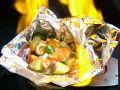 料理メニュー写真炎のホイル焼き!! ~シーフードとジャガ芋の明太ソース~