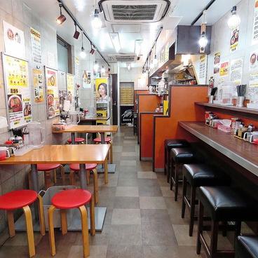 博多ラーメン 長浜や 中野店の雰囲気1
