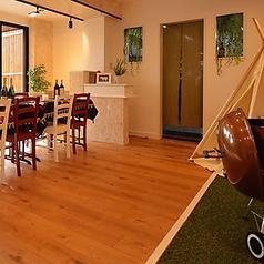 【BBQスペース】御洒落なカントリー風の部屋で室内BBQもできます。