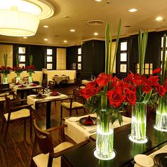 フレンチ&チャイニーズレストラン モンスレーの雰囲気1