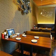 バリ風の店内でゆったりお食事いただけます♪もちろん個室完備!デート、記念日、ご家族でのお食事など様々なシーンでご利用いただけます♪