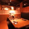 すだれ付き6名様テーブルも★プライベートな空間で美味しいお料理が楽しめます。気軽に使えるテーブル席で楽ちん♪