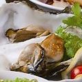 料理メニュー写真【こだわりスモーク】牡蠣(1個)/帆立(1個)