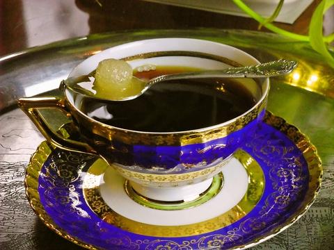 自家焙煎の珈琲専門店。マスターの珈琲のお話を伺いながら美味しいコーヒーが飲める。