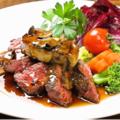 料理メニュー写真牛肉とフォアグラのステーキ(ロッシーニ風)~フォンドヴォー&トリュフソース~