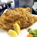 料理メニュー写真びっくり鶏唐揚げ / 穴子一本ネギまみれ