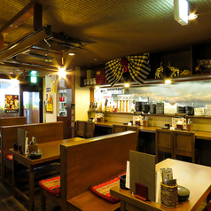 タイ料理ダイニングバー コンケーン酒場の雰囲気1