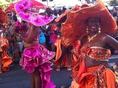 ★オーナーの旅写真★カリブ海の島の鮮やかなカーニバル♪