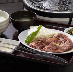 大衆焼肉 もつ鍋 だるまや 松山谷町店の特集写真