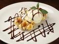料理メニュー写真ベルギーワッフル&ホーキーポーキーアイスクリーム