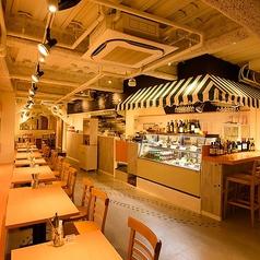 Ellie's DELICATESSEN CAFE&BARの雰囲気1