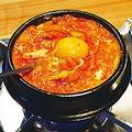 料理メニュー写真スンドゥブチゲ/味噌チゲ/キムチチゲ