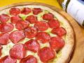 料理メニュー写真サラミのジェノバピザ