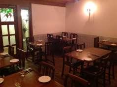 納屋町ワイン食堂 カガネルの特集写真