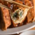 料理メニュー写真名物!! 肉汁餃子(5個)