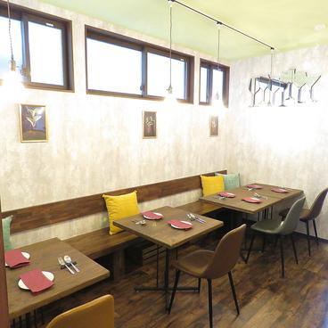 cafe'&bistro VERT カフェアンドビストロ ヴェールの雰囲気1