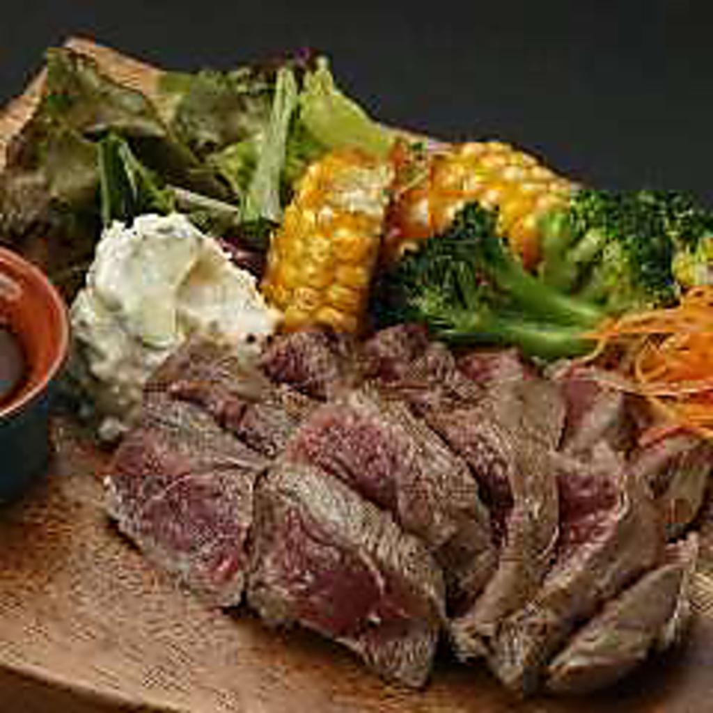 時間無制限 食べ飲み放題 個室×チーズ MEAT&RICH すすきのバル|店舗イメージ3
