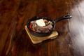 料理メニュー写真茸と豚タンのバターポン酢炒め