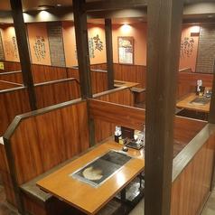 お好み焼きは ここやねん 伊賀上野店の雰囲気1