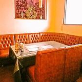 広々としたソファー席。ソファーで囲われたお席でプライベート感も◎ 誕生日のお祝い等にもオススメです。