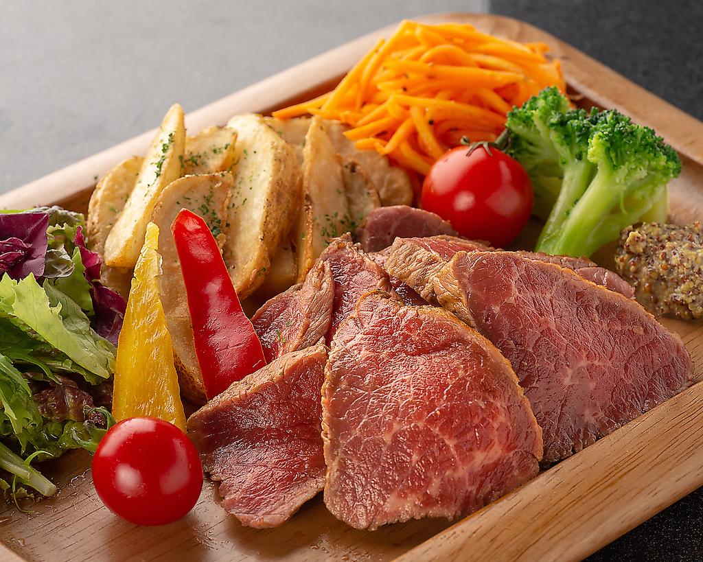 時間無制限 食べ飲み放題 個室×チーズ MEAT&RICH すすきのバル|店舗イメージ6