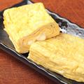 料理メニュー写真チーズ入りだし巻き卵/だし巻き卵