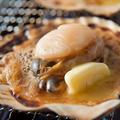 料理メニュー写真ホタテの淡路島産バター醤油焼き