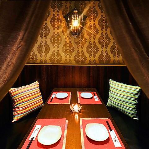 《テーブル個室20名様まで》夜景も楽しめる窓際シートをご用意いたしました。艶やかな雰囲気がゆったりとした食事を演出します♪女子会や合コン、ちょっとしたパーティーなどにおすすめです。大人数でのご利用なら、美味しいお料理をお得にお楽しみいただける宴会コースをぜひ!~