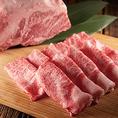 プロの目利きが選び抜いた厳選素材でおもてなし。しゃぶしゃぶの品質を決めるお肉…だからこそ、温野菜のお肉は全てプロの目利きが厳選した逸品揃い。さらに毎日お店のスタッフが一枚一枚丁寧にカットしています。お肉だけでなく、全国の農家さんと一緒に作った新鮮国産野菜の数々を堪能できるセット・食べ放題コース多数!