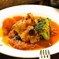 料理メニュー写真鶏肉のチリンドロン煮込み