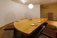 6名様~12名様用の個室です。会社宴会や接待など、様々なシーンでご利用ください。