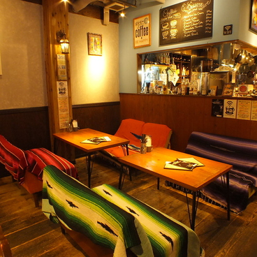 クレバーカフェ CLEVER CAFEの雰囲気1
