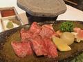 料理メニュー写真特選飛騨黒毛和牛 サーロインステーキ
