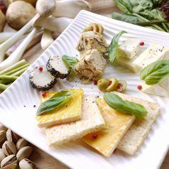 ナチュラルチーズ&クラコット