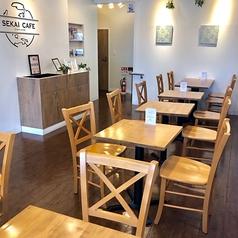 SEKAI CAFE Oshiageの雰囲気1
