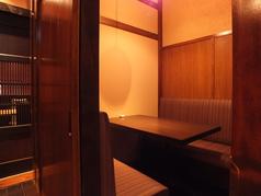 3~4名様用ソファー席の完全個室