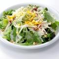 料理メニュー写真赤からサラダ/シーザーサラダ