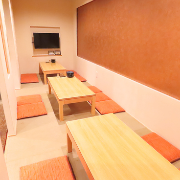 鮮菜酒房 鶴 Tsuruの雰囲気1