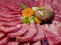 牛肉本来の味と色が証明