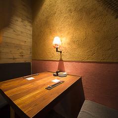 完全個室タイプのお部屋は2名様からご利用可能です。記念日などお祝いのお席にぴったりのプライベート空間です。