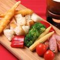 料理メニュー写真ICHIWAの特製ダシの豆乳チーズフォンデュ