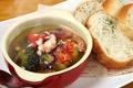 料理メニュー写真蛸とブロッコリーのアヒージョ