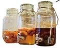 自家製果実酢は酢と氷砂糖だけで漬け込んだ旬の果実を使用し、保存料等を一切使用せず、無添加です♪「愛媛県産 河内晩柑のソーダ割り」が人気☆