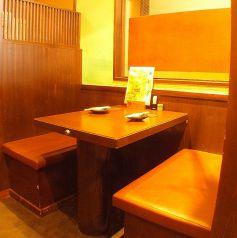 2階の4名ボックス席
