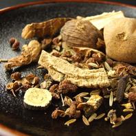医食同源がテーマ「薬膳火鍋」漢方約60種の漢方使用