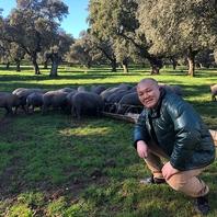 本場スペインのイベリコ豚を使用。