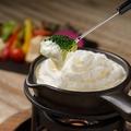 料理メニュー写真マスカルポーネのふわふわチーズフォンデュ
